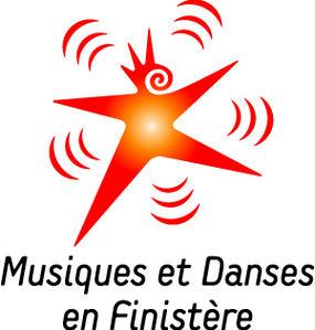 2009-02-10-logo-musiques-et-danses-en-finist-re